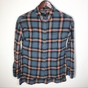 Threads 4 Thought Plaid Button Up Shirt Small